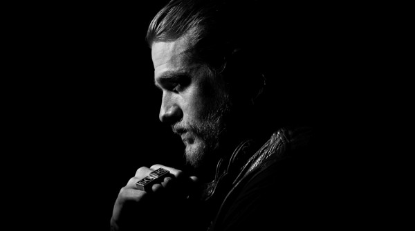 charlie-hunnam-sons-of-anarchy-season
