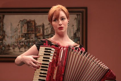 christina_hendricks_mad_men_accordion_image