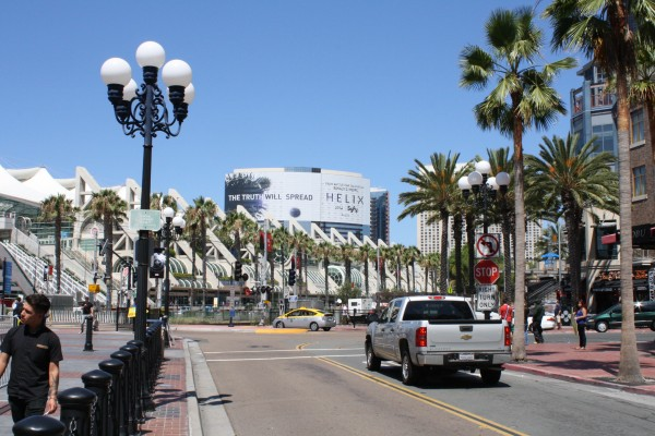 comic-con-2013-marketing-outdoors (18)