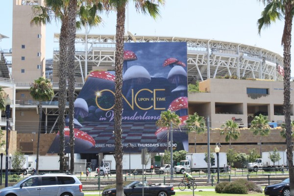 comic-con-2013-marketing-outdoors (32)