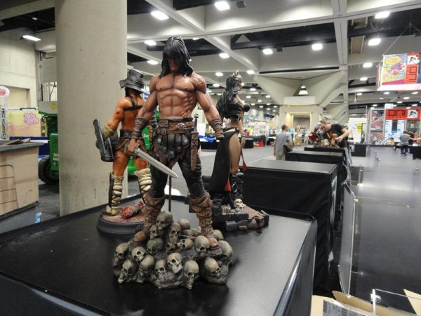 comic-con-floor-sideshow-collectibles