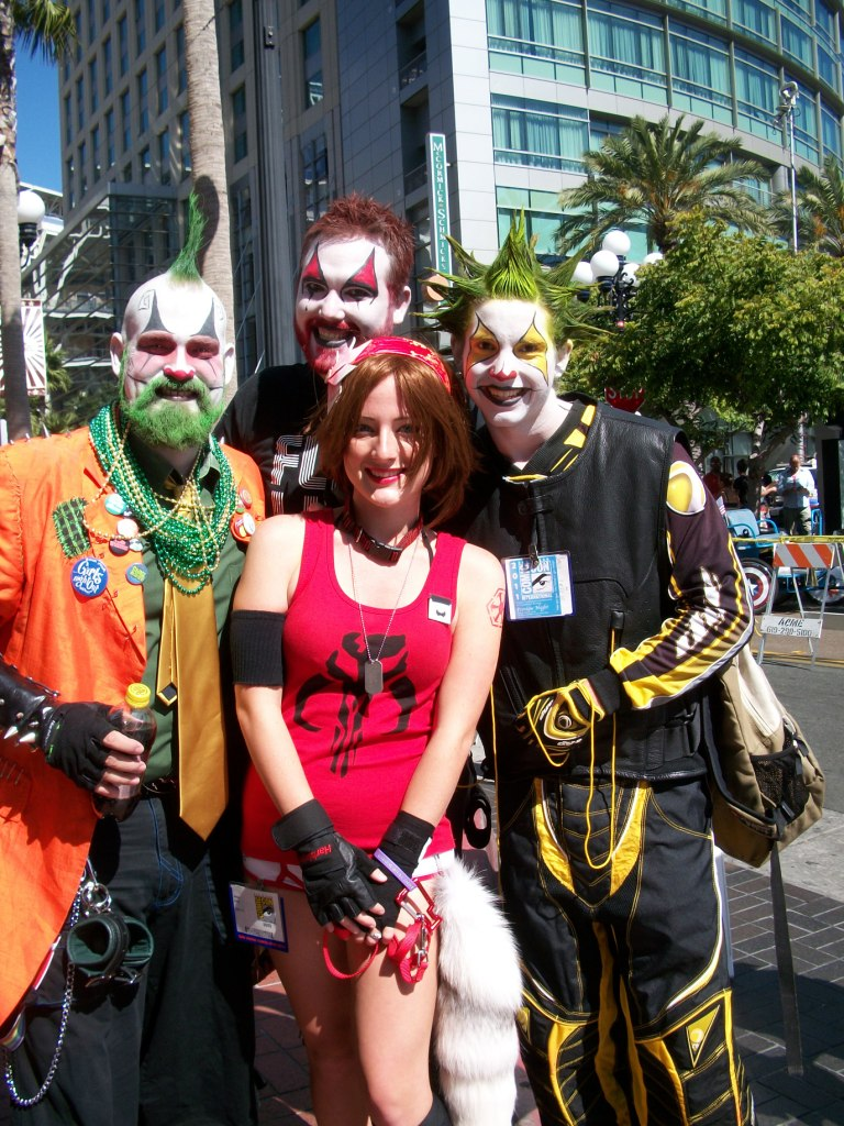http://collider.com/wp-content/uploads/cosplay-comic-con-picture-151.jpg