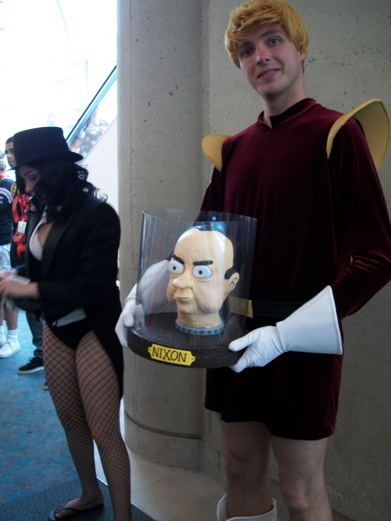 http://collider.com/wp-content/uploads/cosplay-comic-con-picture-18.jpg