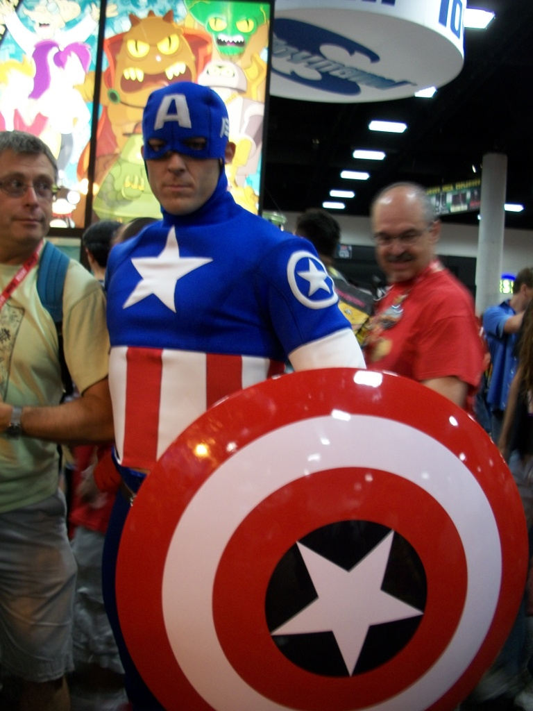 http://collider.com/wp-content/uploads/cosplay-comic-con-picture-21.jpg