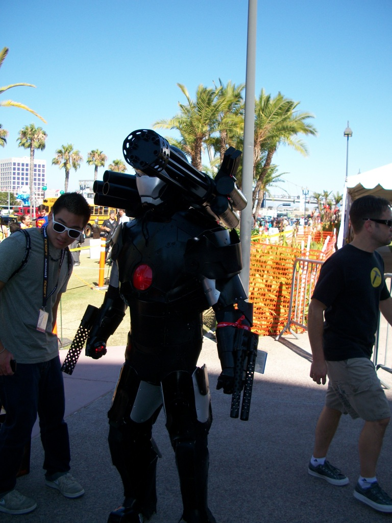 http://collider.com/wp-content/uploads/cosplay-comic-con-picture-31.jpg