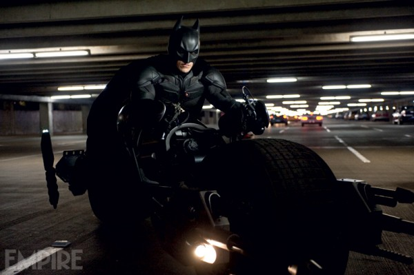 dark-knight-rises-movie-image-christian-bale-bat-pod