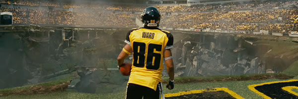 dark-knight-rises-movie-image-hines-ward-slice