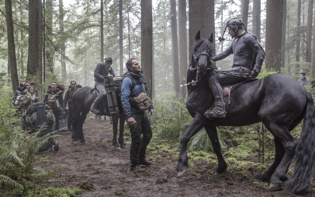 http://collider.com/wp-content/uploads/dawn-of-the-planet-of-the-apes-andy-serkis-jason-clarke.jpg