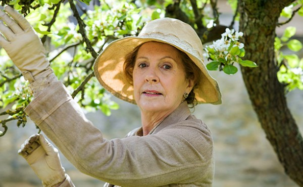 downton-abbey-season-5-penelope-wilton