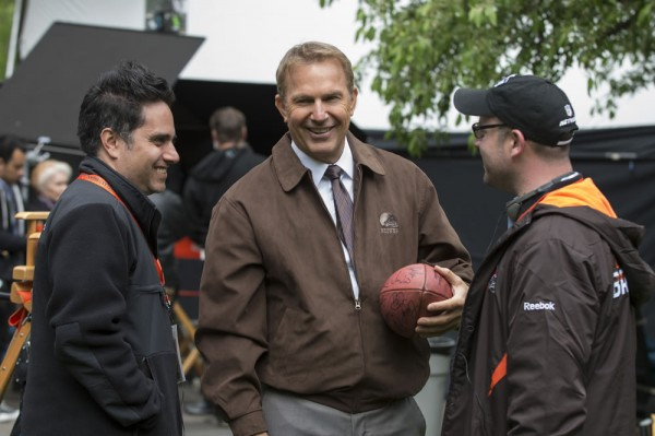 draft-day-kevin-costner-set-photo