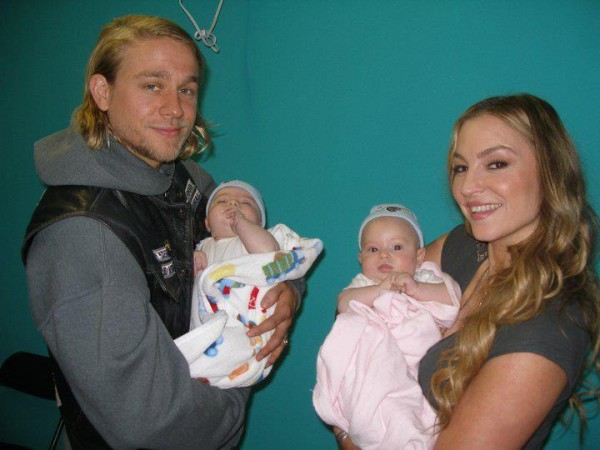 drea de matteo charlie hunnam sons of anarchy