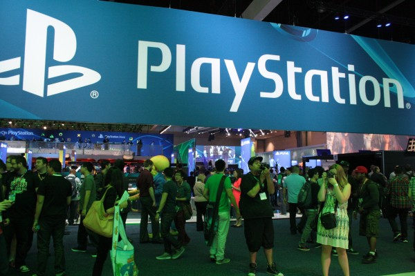e3-2014-playstation-booth