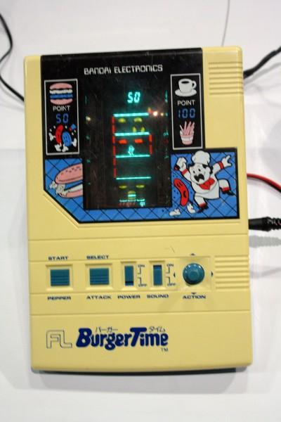 e3-vintage-gaming-burgertime-handheld