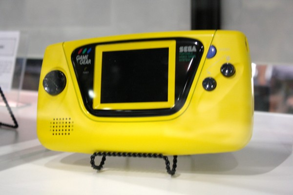 e3-vintage-gaming-game-gear