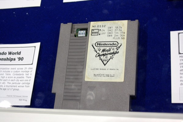 e3-vintage-gaming-nintendo-world-championships-grey