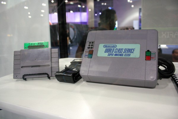 e3-vintage-gaming-snes-tester