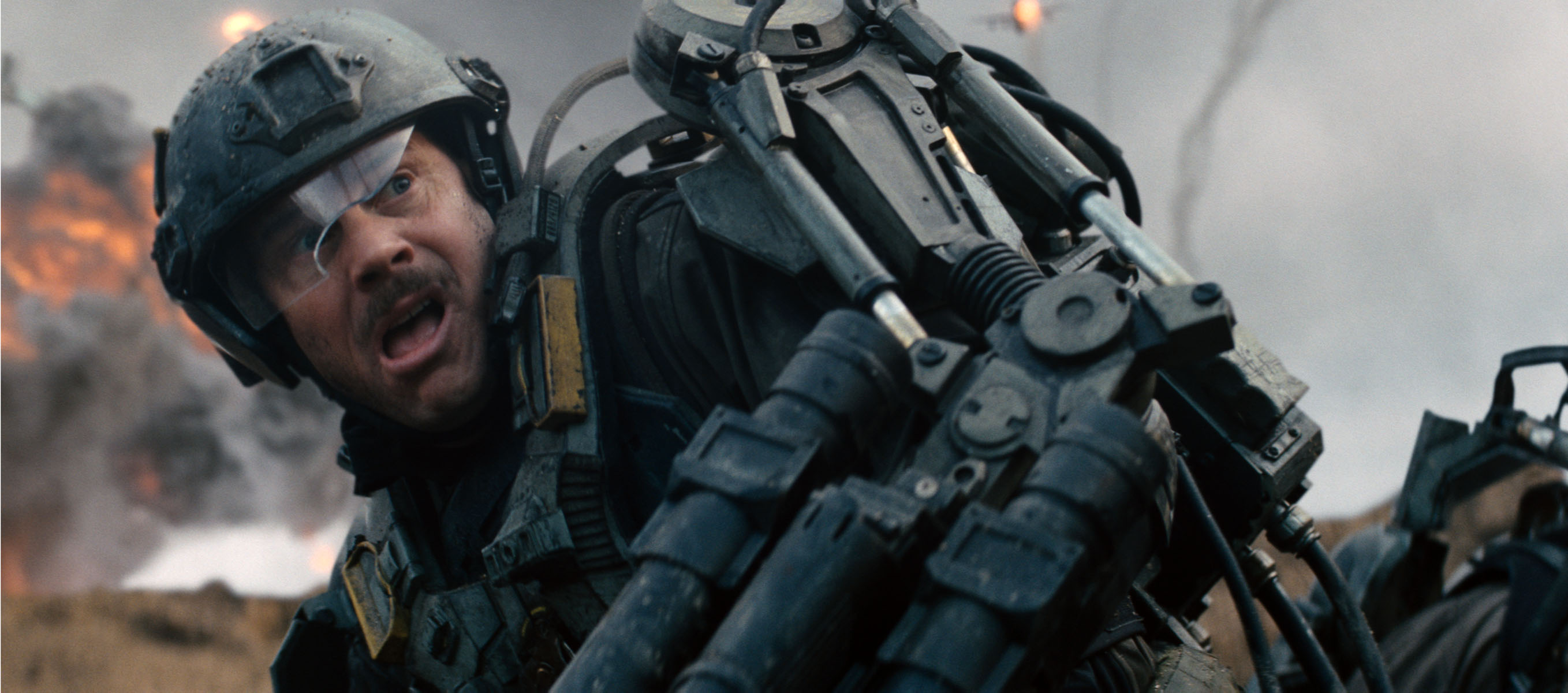 27 Edge Of Tomorrow Images Featuring Tom Cruise And Emily Blunt