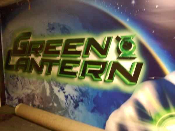 green_lantern_warner_bros_lot_poster_02