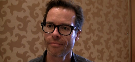 guy-pearce-dont-be-afraid-of-the-dark-interview-slice