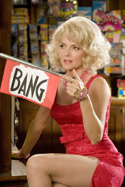 hairspray_movie_image_michelle_pfeiffer