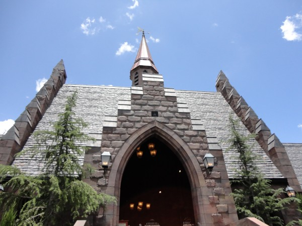 harry-potter-diagon-alley-hogwarts-express-ride-hogsmeade