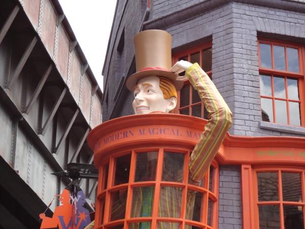 harry-potter-diagon-alley-universal-studios-weasley