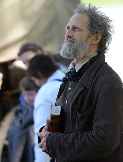 hell-on-wheels-season-3-episode-5-christopher-heyerdahl