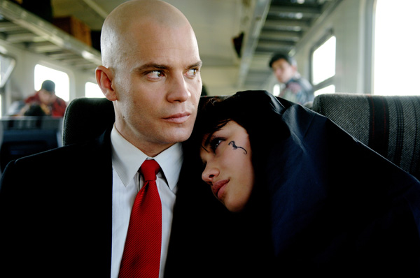 hitman_movie_image_timothy_olyphant_and_olga_kurylenko__1_