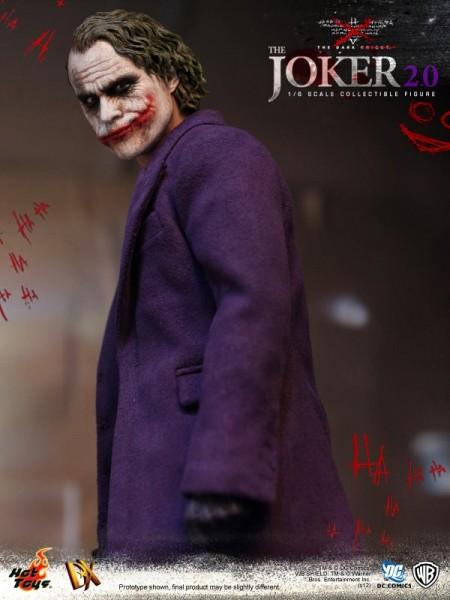 hot-toys-joker-the-dark-knight-heath-ledger-figure (15)