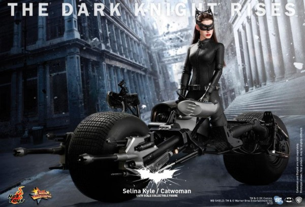hot-toys-the-dark-knight-rises-catwoman-selina-kyle