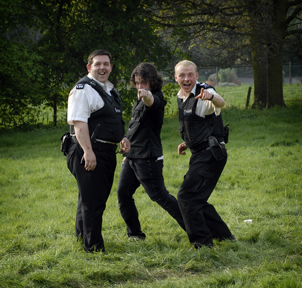 hot_fuzz_movie_image_simon_pegg__nick_frost_and_edgar_wright