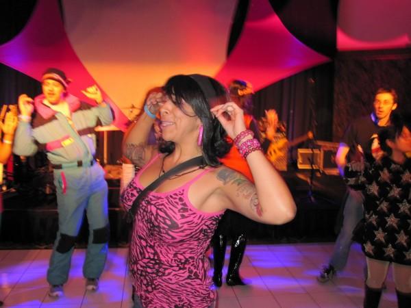 hot_tub_time_machine_lake_tahoe_80s_party_14