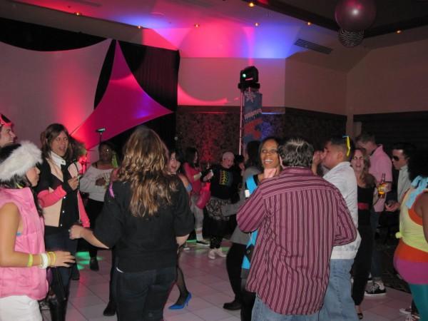 hot_tub_time_machine_lake_tahoe_80s_party_16