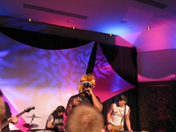 hot_tub_time_machine_lake_tahoe_80s_party_craig_robinson_jesses_girl_03