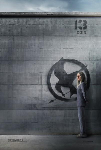 hunger-games-mockingjay-part-1-poster-julianne-moore