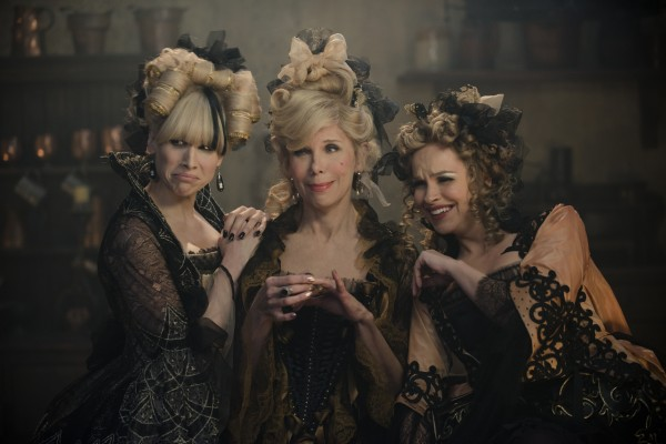 into-the-woods-lucy-punch-christine-baranski