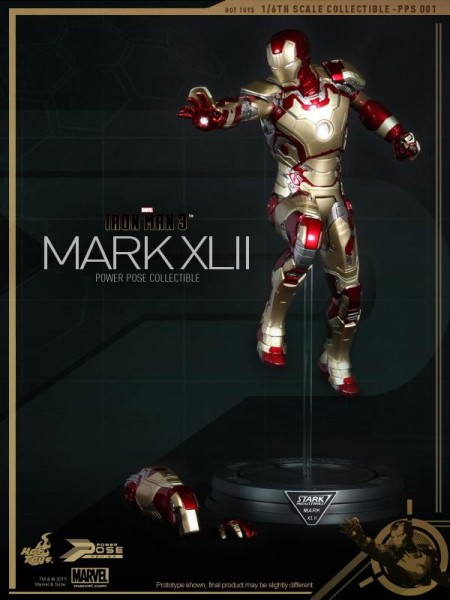 iron-man-3-hot-toys-mark-xlii-stand