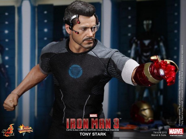iron-man-3-tony-stark-hot-toys-figure