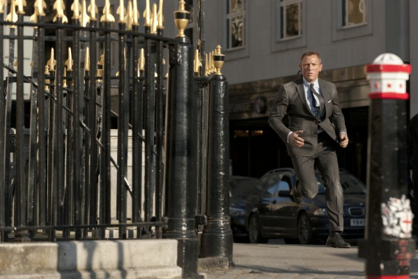 james-bond-skyfall-daniel-craig