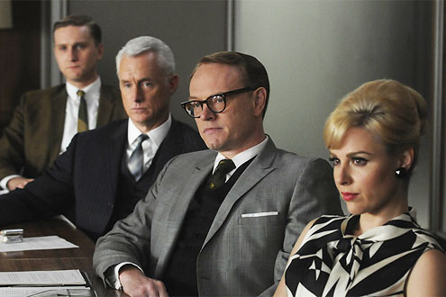 jared-harris-mad-men-image-3