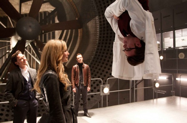 jennifer-lawrence-nicholas-hoult-x-men-first-class-image