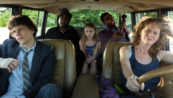 jesse-eisenberg-tracy-morgan-melissa-leo-why-stop-now-image-2