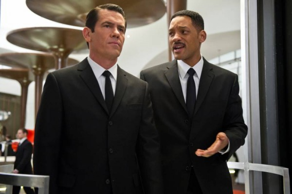 josh-brolin-men-in-black-3-will-smith