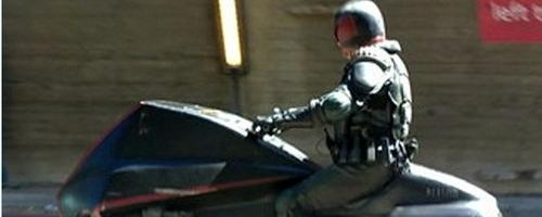 judge-dredd-lawmaster-bike-set-photo-slice