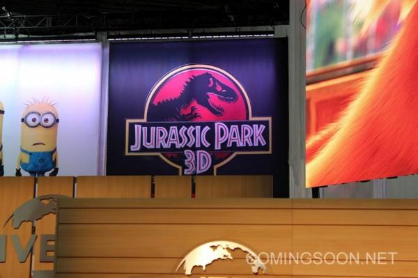 jurassic-park-3d-poster-banner-licensing-expo