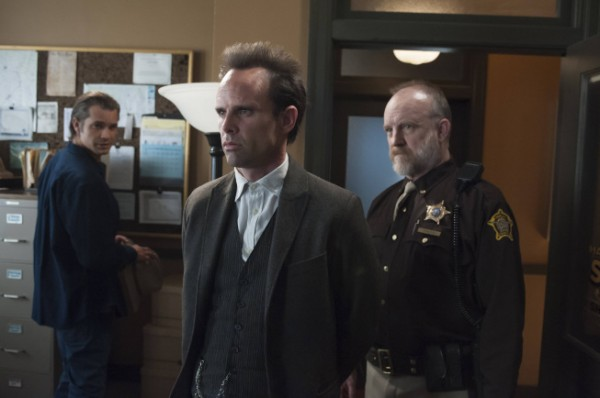 justified-decoy-walton-goggins