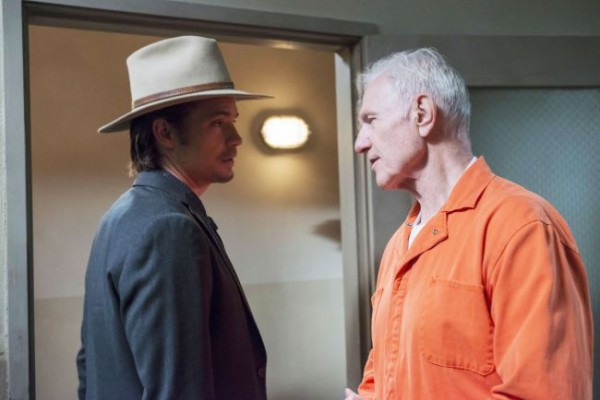 justified-money-trap-timothy-olyphant-raymond-j-barry