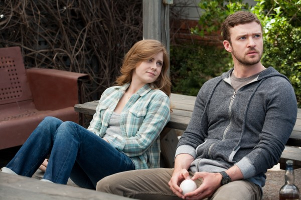 justin-timberlake-amy-adams-trouble-with-the-curve