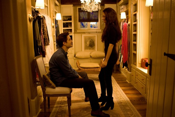 kristen-stewart-robert-pattinson-twilight-breaking-dawn-part-2