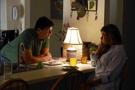 kyle-chandler-connie-britton-image